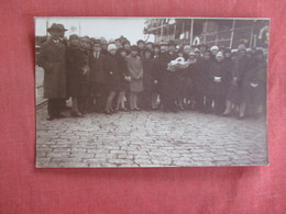 RPPC  Group Photo  Notation On Back Of Card   Ref 3035 - Postcards