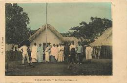 Pays Div : Ref M219- Madagascar - Le Poste De Sabotsy  - Carte Bon Etat  - - Madagascar
