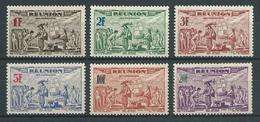 RÉUNION 1943 . Poste Aérienne . Série N°s 18 à 23 . Neufs  (*) Sans Gomme. - Réunion (1852-1975)