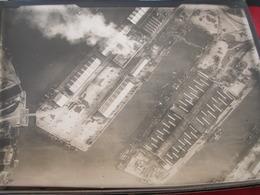 PHOTO AERIENNE /INCENDIE D UN DOCK APRES BOMBARDEMENT ALLEMAND 2 - War, Military
