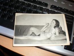 Pin Ups Nude Women - Pin-ups