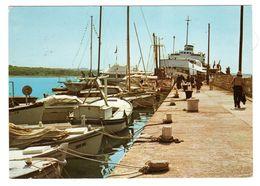 Insel Olib, Hafen Schiffe Gelaufen - Croatia