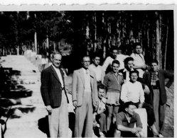 """""""COLONIE DE CASTEL-BEVONS   LES MONITEURS  AOUT 1948"""" - Lieux"""