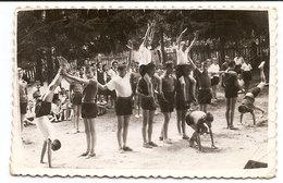 Photo Originale , Enfants Sportifs , Dim. 9.0 X 6.0 Cm - Personnes Anonymes
