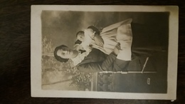 ENFANT ET SA MERE POSANT POUR LA PHOTO 1913 - Portraits