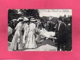 65 Hautes Pyrénées, Lourdes, Transport Des Malades Pour La Procession, Animée, 1924 - Lourdes