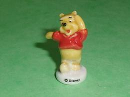 Fèves / Disney : Winnie L'ourson     T134 - Disney