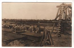 Nr.+  1074,  FOTO-AK, WK I, Eisenbahn-Depot Im Kurland, Lettland - War 1914-18