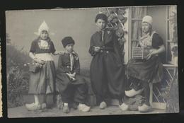 Hollandse Familie -met Namen Uit 1916 - Netherlands