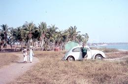 1968 VW VOLKSWAGEN BEETLE Carocha LOBITO ANGOLA AFRICA AFRIQUE ORIGINAL 35mm DIAPOSITIVE SLIDE Not PHOTO No FOTO B3033 - Diapositives (slides)