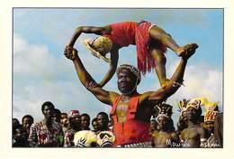 Afrique-CÔTE D'IVOIRE Jongleur De GBLOLEU  (enfant) (-MAURICE ASCANI 39) *PRIX FIXE - Ivory Coast