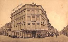 Liège - Hôtel De L'Univers (animée, 1935, Arrivée Du Tram...) - Liege