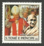 ST THOMAS & PRINCE 2004 CELEBRITIES GANDHI POPE SINGLE MNH - Sao Tome And Principe