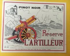 8731 - Pinot Noir Réserve De L'Artilleur  Suisse - Militaire