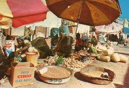 Marche Typique  Edit Bourlon  1000-25 - Djibouti