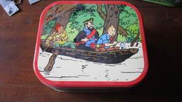 BOITE A BISCUIT TINTIN EN PIROGUE - Tintin