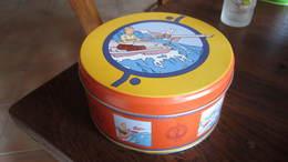 BOITE DE CHOCOLAT TINTIN EN MER - Tintin