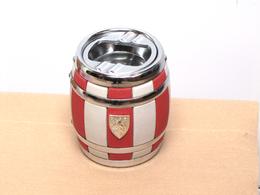 Boîte à Cigarettes En Forme De Tonneau Et Cendrier - Metall