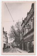 59 VALENCIENNES - 10 - Edts G. Réant.- Rue De Paris, Rue De L'Eglise Saint Géry. Commerces Tabac & Sporvil Vetements. - Valenciennes