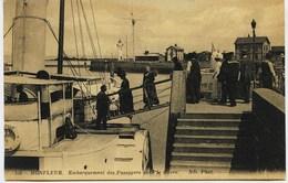 6371 -  Calvados - HONFLEUR : Embarquement Des Passagers Pour Le Havre    Circlée En 1915 - Honfleur