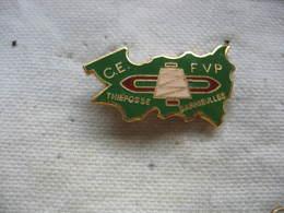 Pin's Du CE De L'usine Textile FVP à Thiéfosse - Darnieulles (Dépt 88) - Pin