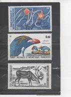 TERRES AUSTRALES Et ANTARCTIQUES Fçaises : Faune Antarctique : Ophiures, Rennes (mammifère), Gorfou Macaroni (oiseau) - French Southern And Antarctic Territories (TAAF)