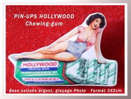 SUPER PIN'S PIN-UPS HOLLYWOOD CHEWING-GUM : Base émail Satiné Argent + Visuel Glaçage De Qualité, Format 3X2cm - Pin-ups