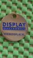Shopping Carts / Winkelwagentjes / Jeton De Caddie - .Nederlandse  Display Electronics Utrecht - Jetons De Caddies