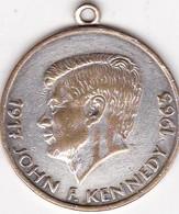 JOHN F KENNEDY 1917-1963 USA MEDALLA SIZE 3cm DIAM WEIGHT 11grs-BLEUP - Celebrities