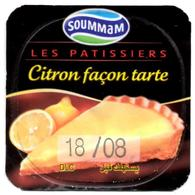 "Opercule Cover Yaourt Yogurt "" Soummam "" Les Patissiers Citron Yoghurt Yoghourt Yahourt Yogourt - Opercules De Lait"