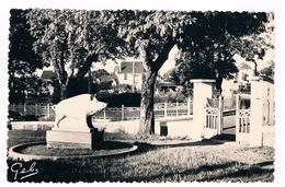 D  46   -  GOURDON  En  QUERCY - LE  SQUARE  DE  LA  GARE  -  5954 - Gourdon