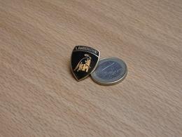 LAMBORGHINI. 18X24 Mm. GRAND MODEL. EGF. - Badges