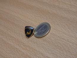 LAMBORGHINI. 12X15 Mm. PETIT MODEL. - Badges