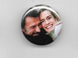 "Johnny Hallyday / Sandrine Bonnaire  ""  Badge  "" - Other Products"