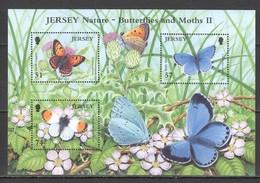 V1217 2006 JERSEY FAUNA INSECTS BUTTERFLIES AND MOTHS II 1KB MNH - Butterflies