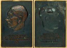 """1497 Einseitige Bronzegussplakette Adolf Hitler Von Vogel/Moshage, O.J., Kopf Nach Links über Schrift """"Die Voraussetzung - Army & War"""