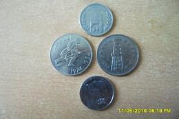 """Lot De Monnaies Algerie/1 Dinar,deux Fois""""5 Dinars Commememoratif,10eme Anniversaire De L'indépendance....en TTB+ - Argelia"""