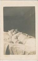 CPA PHOTO. POST MORTEM. Enfant Child Postmortem - Photographie