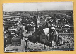 C.P.A. CHEMELLIER - L'Eglise Et Le Centre - France