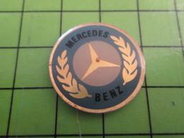 310a PIN'S PINS / Rare Et De Belle Qualité / THEME AUTOMOBILE / VIEUX LOGO MERCEDES Du Temps Où Ils Envahissaient L'Euro - Mercedes