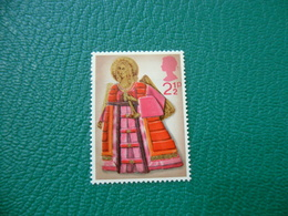 FRANCOBOLLO STAMPS NATALE ANGELI SUONATORI 1972 2 1/2 P - 1952-.... (Elisabetta II)