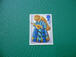 FRANCOBOLLO STAMPS NATALE ANGELI SUONATORI 1972 2 3 P - 1952-.... (Elisabetta II)