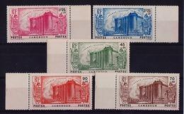 CAMEROUN - N° 192/196** - 150e ANNIVERSAIRE DE LA REVOLUTION FRANCAISE - BORD DE FEUILLE - LUXE. - Ungebraucht