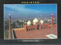PAKISTAN POSTCARD , VIEW CARD BADSHAHI MOSQUE LAHORE - Pakistan