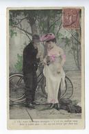 CPA Couples Amoureux Oh ! Vous êtes Toute Trempée M.F. Paris Vélo Chapeau Costume Humour - Couples