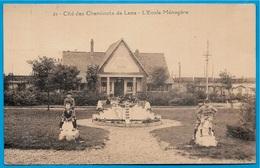 CPA 62 Cité Des Cheminots De LENS - L' Ecole Ménagère ° Lucien Pollet éditeur - Lens