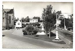 MERIGNAC - Place Charles De Gaulle, L'Ecole Des Filles - Merignac