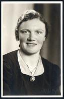 B5781 - Altes Foto - Hübsche Junge Frau - Pretty Young Women - Porträt - Mode Schmuck Frisur - Riemann Hainichen - Photographie