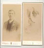 Photos Sur Carton D'un Format Peu Courant ( +/- 10 X 21 Cm) - LIEGE- Monsieur Et Madame En Chapeau , Buste  (rl) - Personnes Anonymes