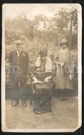 Photo Postcard / Foto / Old Photo / Family / Famille / Size: 8.50 X 13.60 Cm. / England - Photographie
